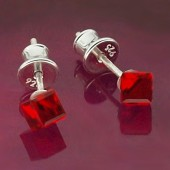 Kolczyki Swarovski srebrne 925 Cube 4mm Light Rose