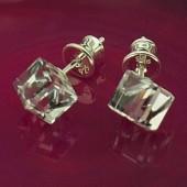 Kolczyki Swarovski srebrne 925 Cube 6mm Peridot