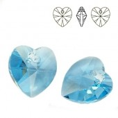 6228 Xilion Heart 14mm Air Blue Opal