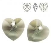 6228 Xilion Heart 10mm Amethyst AB